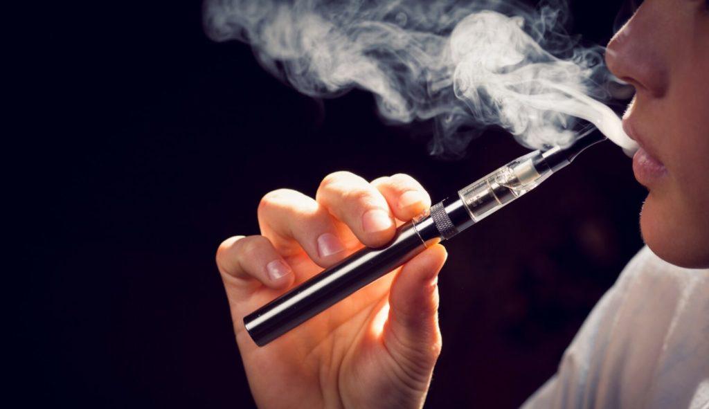 Vapotage-cigarette-electronique-liquide-vampire-vape-heisenberg-obsession-addict